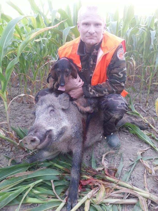 Max et son Sanglier mâle de 78 Kg